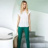 szmaragdowe spodnie H&M  - trendy na wiosnę