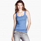 top H&M w kolorze niebieskim - moda na lato 2013