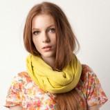 Unikatowy szal Pull and Bear w kolorze żółtym - jesień-zima 2012/2013