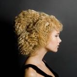 upięcie z falowanych włosów