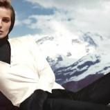 urocza bluzeczka H&M w kolorze ecru - zimowe ubrania