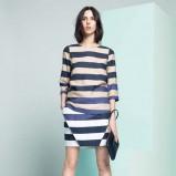 urocza sukienka Lacoste w paski - moda dla kobiet 2013