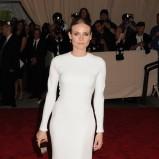 urocza sukienka wieczorowa w kolorze białym - Diane Kruger