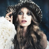 Vogue Germnay sierpień 2010 - Abbey Lee Kershaw