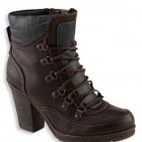 wiązane botki C&A w kolorze czarnym  - moda damska 2012/2013