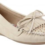 wiosenne mokasyny CCC w kolorze beżowym - obuwie na wiosnę 2013