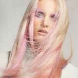 Włosy ombre - włosy długie w kolorze blond