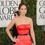 włosy zaczesane do tyłu - Jennifer Lawrence