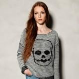 wygodny sweter Pull and Bear w kolorze popielatym   - swetry 2012/13