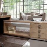 Wyjątkowe ciężkie biurko w kolorze jasnego brązu aranżacja biura z Patt Mebel