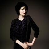 z długam rękawem sukienka River Island w kolorze czarnym - jesień 2012