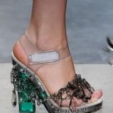 zielone sandałki Prada z kryształkami