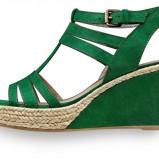 zielone sandały Tamaris na koturnie - letnia kolekcja