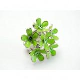 zielony pierścionek Me'amoore z kwiatami - moda wiosna/lato
