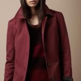 zimowy płaszczyk Burberry w kolorze bordowym - moda jesień-zima 2012/2013