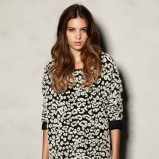 zjawiskowy sweter Pull and Bear   - swetry 2012/13