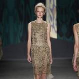 złota sukienka Vera Wang koronkowa - kolekcja wiosenna
