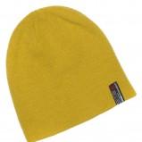 żółta czapka Cropp - moda zimowa