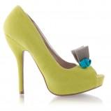żółte pantofle DeeZee z kokardą na szpilce - wiosna 2012