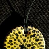 żółty naszyjnik