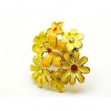 żółty pierścionek Me'amoore z kwiatami - wiosna/lato 2011