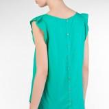 zwiewna koszula Stradivarius w kolorze zielonym - trendy na lato