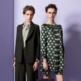zwiewna sukienka Moschino w groszki w kolorze ciemnozielonym - jesień i zima 2013/14