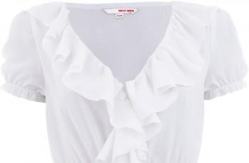 Bluzki podkreślające talię