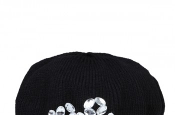 Dodatki dla kobiet od Troll na jesień - zimę 2012