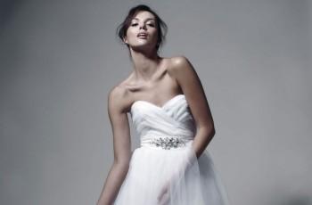 Miss Polonia Paulina Krupińska w sukniach ślubnych Zienia