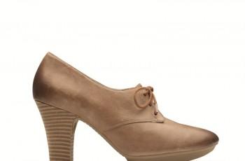 Modne buty na obcasie marki Clarks - lato 2012