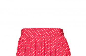 Rozkloszowane spódnice - trendy na wiosnę i lato 2012