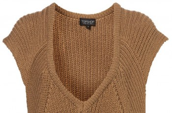 Swetry damskie z kolekcji TopShop na wiosnę/lato 2011
