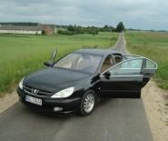 auto do slubu Peugeot 607