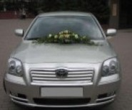 Limuzyna weselna - Toyota Avensis, samochód do ślubu