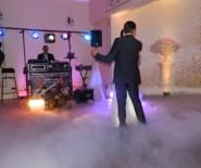 Oprawa muzyczna imprez - dj na wesele, poprawiny, bankiety.