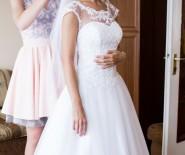 Suknia ślubna typu princessa + koronka + kryształki rozm 34/36
