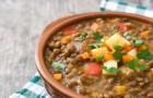 Sycąca i rozgrzewająca: pyszna zupa z soczewicy
