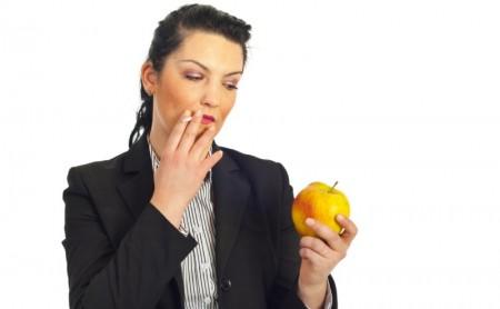 Dlaczego ludzie tyją po rzuceniu palenia?