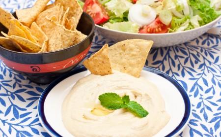 Hummus - przepis i wartości odżywcze