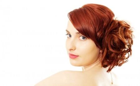 Szybka fryzura dodająca lat