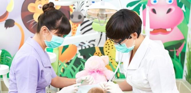 Pedodonta i przyjazdy gabinet - jak zachęcić dziecko do leczenia zębów