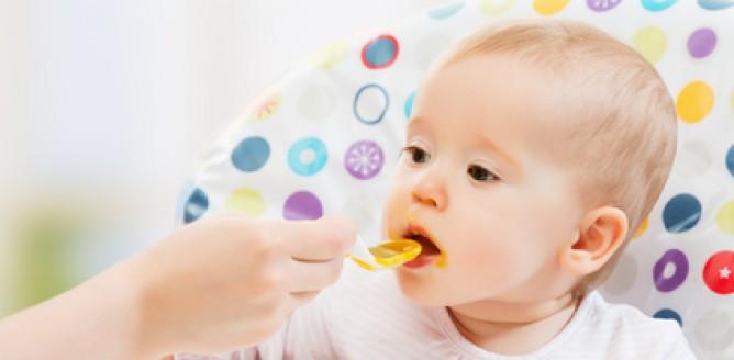 Pierwsze smaki w diecie malucha