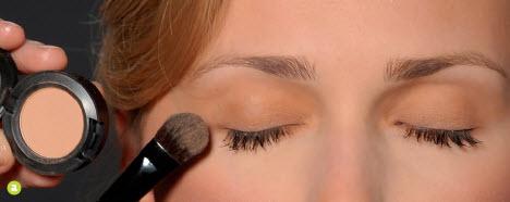 Makijaż biznesowy do pracy
