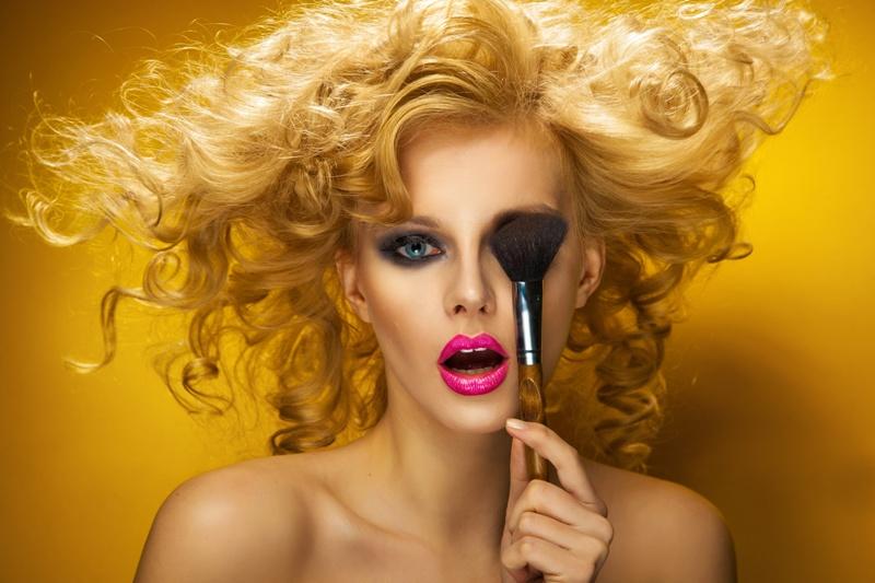Trawały makijaż - jak to zrobić?