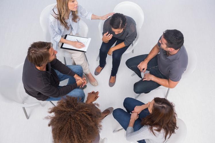 Рак выбрать психотерапию в одиночку или с родственниками?