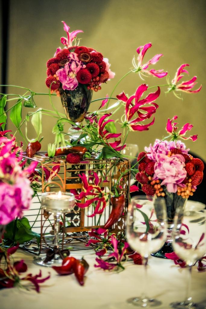 Stół weselny - kwiaty jesienne