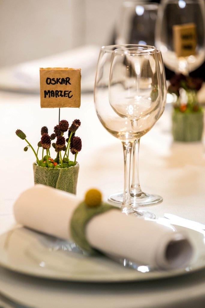 Stół weselny - winietka - jesienne dekoracje