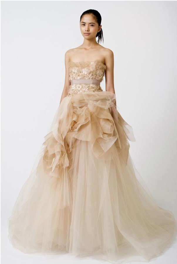 Suknia ślubna w nietypowym kolorze