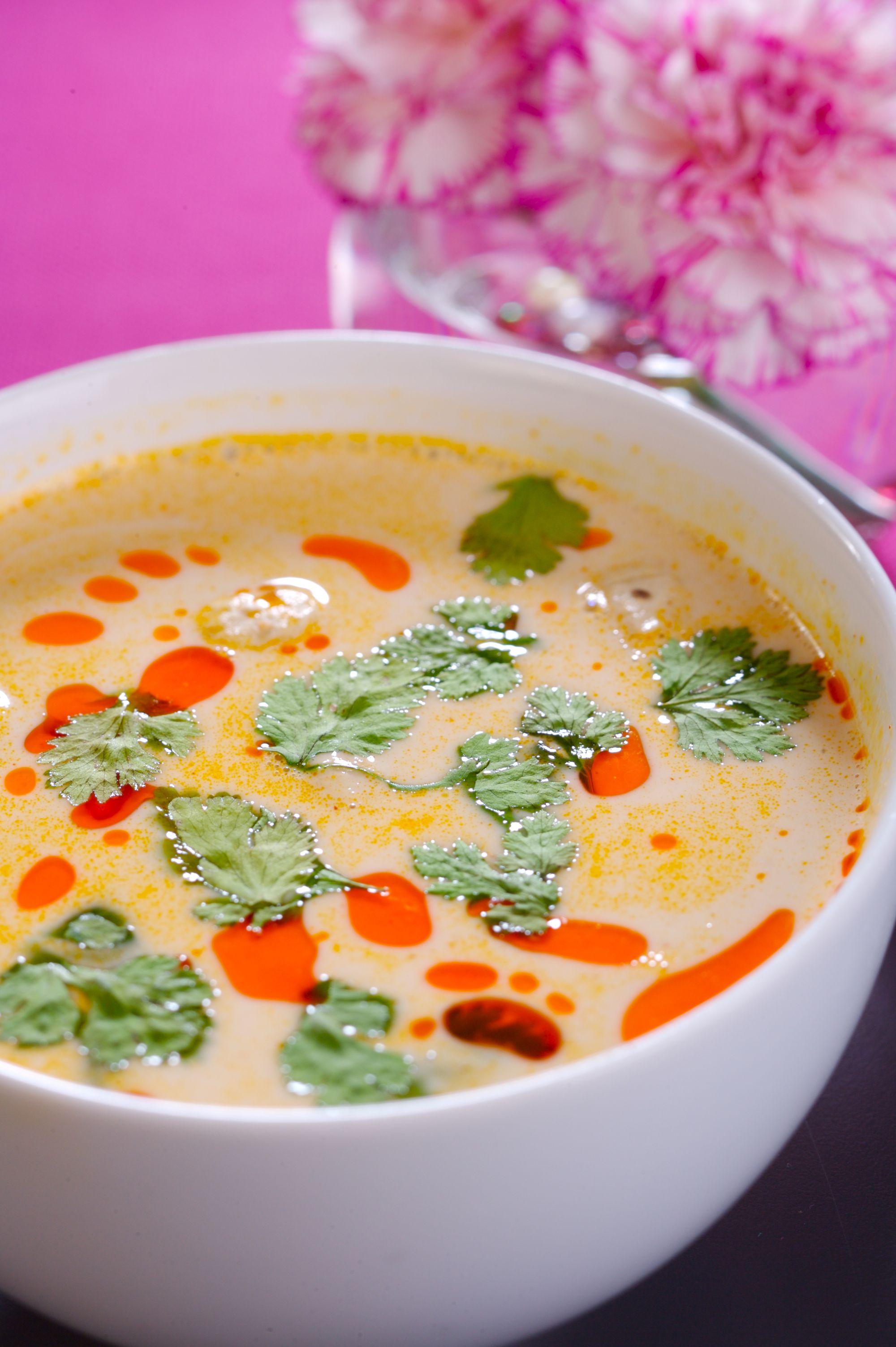 Zupa Tom Khaa Kai